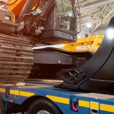 Μεταφορές για επιχειρήσεις Πώς να μεταφέρετε βαριά μηχανήματα